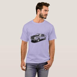 Camiseta clásica del coche del desafiador del