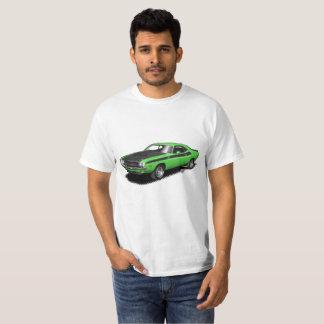 Camiseta clásica del coche del desafiador verde de