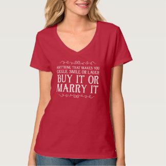 Camiseta cómprelo o cáselo