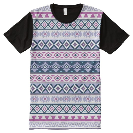 6c71a9079 Camiseta Con Estampado Integral El modelo estilizado azteca pica los azules  de las