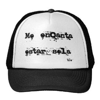 "Camiseta con frase "" Me encanta estar sola"" Gorro"