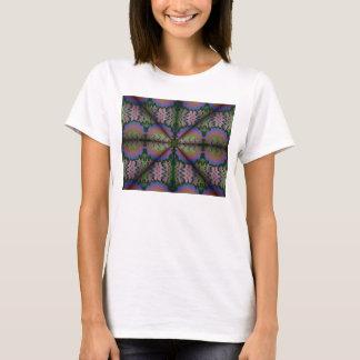 Camiseta con la línea ejemplo ondulada