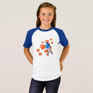 Camiseta con mangas del raglán de los corazones