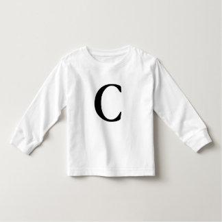 Camiseta con monograma inicial de la letra C