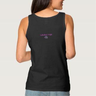 """Camiseta Con Tirantes Las """"mujeres reales hacen el tanque de la yoga"""""""