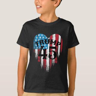 Camiseta Corazón de la bandera americana del triunfo