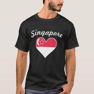 Camiseta Corazón de la bandera de Singapur