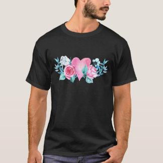 Camiseta Corazón y flores del el día de San Valentín