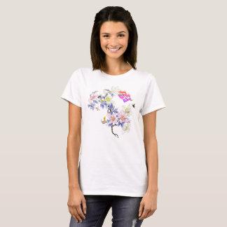 Camiseta Corazones llameantes del monograma doble con las