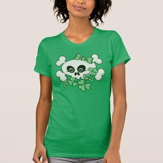 Camiseta Cráneo lindo con los tréboles