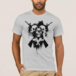 Camiseta Cráneos y armas