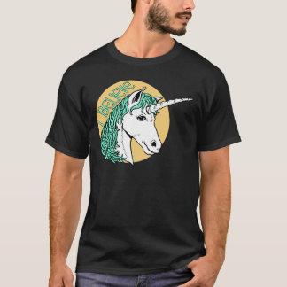 Camiseta Creo unicornio