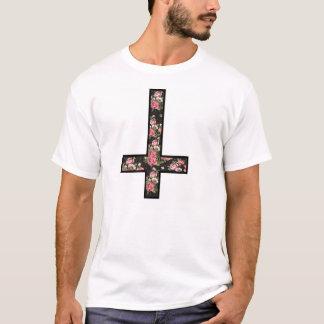Camiseta cruz invertida del estampado de flores