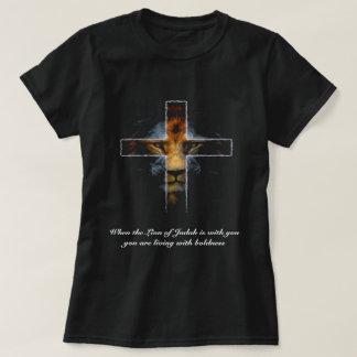 Camiseta Cruz - Jesús como el león de Judah