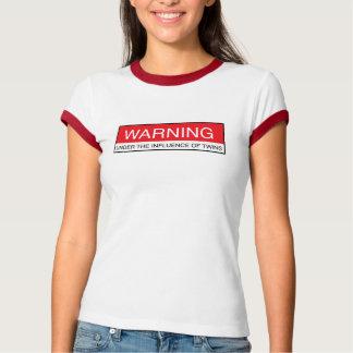Camiseta Cuidado bajo los efectos de gemelos