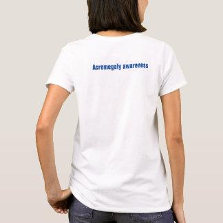 Camiseta Cuido sobre alguien acromegalia rara