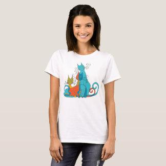 camiseta de 3 gatos con intersección de colores.