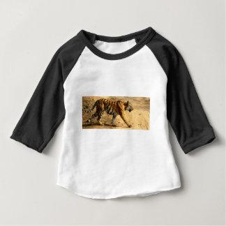 Camiseta De Bebé Acecho de Tigres de los alquileres