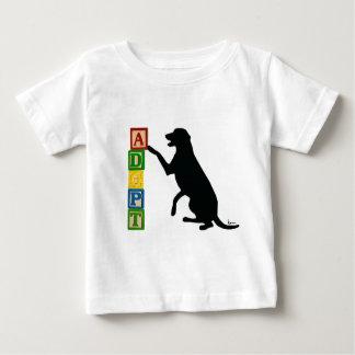 Camiseta De Bebé ADOPTE a un mascota del refugio