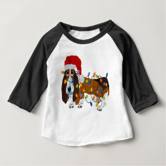 Camiseta De Bebé Afloramiento enredado en luces de navidad