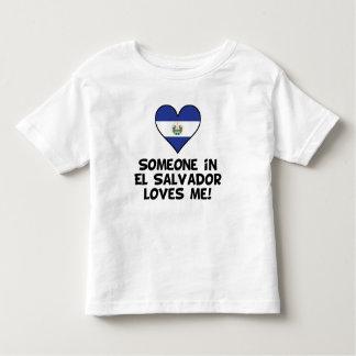 Camiseta De Bebé Alguien en El Salvador me ama