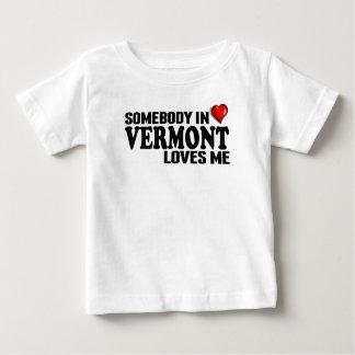 Camiseta De Bebé Alguien en Vermont me ama