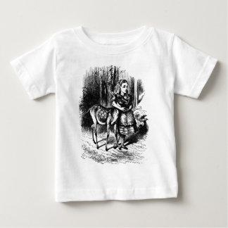 Camiseta De Bebé Alicia y un cervatillo