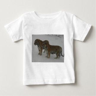 Camiseta De Bebé Alquileres dos tigres siberianos