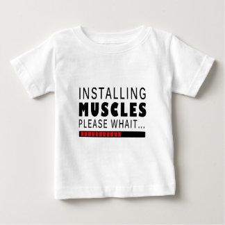 Camiseta De Bebé Aptitud y músculos del gimnasio