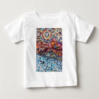 Camiseta De Bebé Arte vibrante de la pared del mosaico