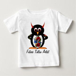 Camiseta De Bebé Artista futuro del tatuaje del pingüino malvado