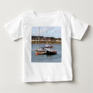Camiseta De Bebé Barcos en el río Conwy, País de Gales