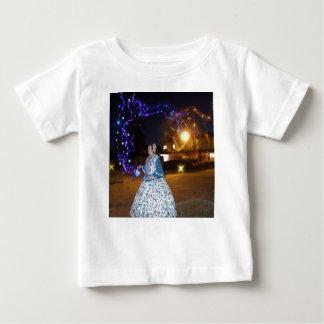 Camiseta De Bebé Bebidas espirituosas frecuentadas mágicas de