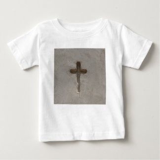 Camiseta De Bebé Biblia cruzada cristiana primitiva del favorito