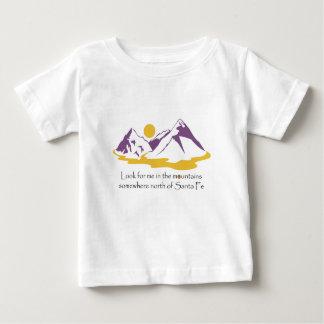 Camiseta De Bebé Busqúeme en las montañas