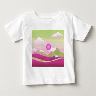 Camiseta De Bebé Camión rosado de los corazones blancos que