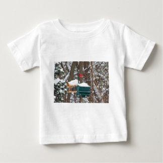 Camiseta De Bebé Cardenal en Birdfeeder