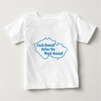 Camiseta De Bebé Checo usted mismo antes de que usted se arruine