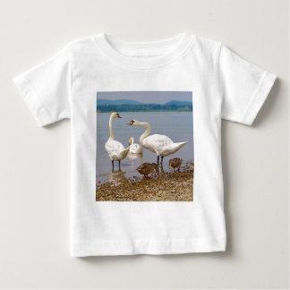 Camiseta De Bebé Cisnes mudos y patos
