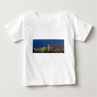 Camiseta De Bebé Ciudad de Seattle durante la igualación de