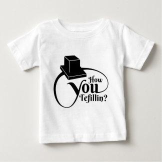 """Camiseta De Bebé """"Cómo usted Tefillin"""" (negro)"""