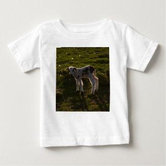 Camiseta De Bebé Cordero recién nacido