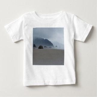 Camiseta De Bebé Costa de Oregon del punto del abrazo en un día