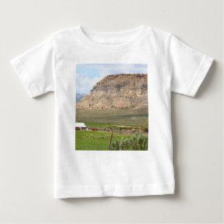 Camiseta De Bebé Cultivo del país y de las colinas, Utah meridional