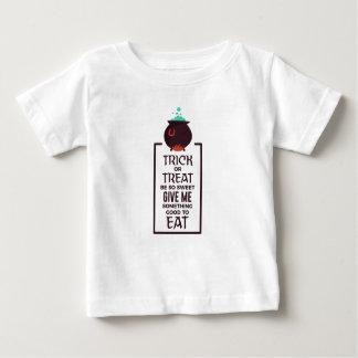 Camiseta De Bebé Diseño dulce de Halloween del caramelo del truco o
