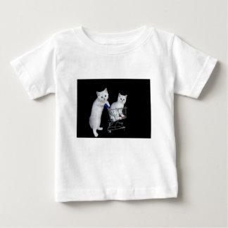 Camiseta De Bebé Dos gatitos blancos con el carro de la compra en
