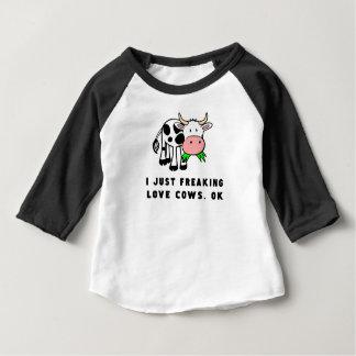 Camiseta De Bebé El amor Freaking se acobarda muy bien