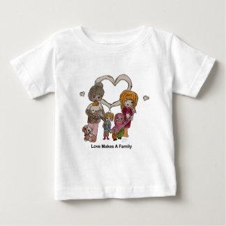 Camiseta De Bebé El amor hace a una familia por Ainsley