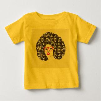 Camiseta De Bebé ÉL chica con los labios y afro rojos sensuales del