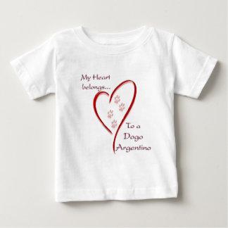 Camiseta De Bebé El corazón de Dogo Argentino pertenece
